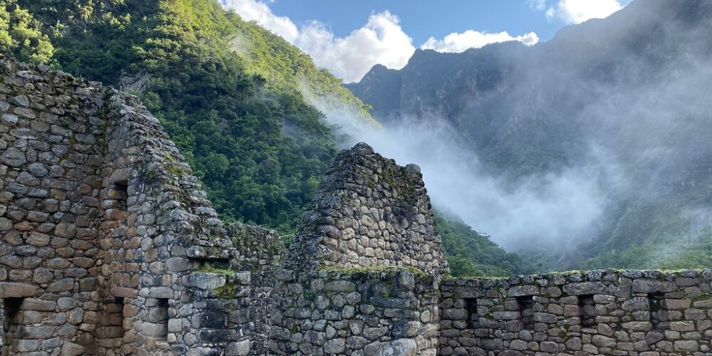 the ancascocha trek 5 days will take us to the short Inca trail and we will continue to Machu Picchu
