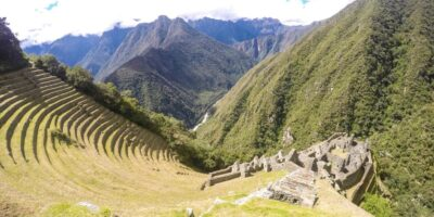 when you trek in ancascocha 7 days the 6 day you are in wiñaywayna an archaeological complex