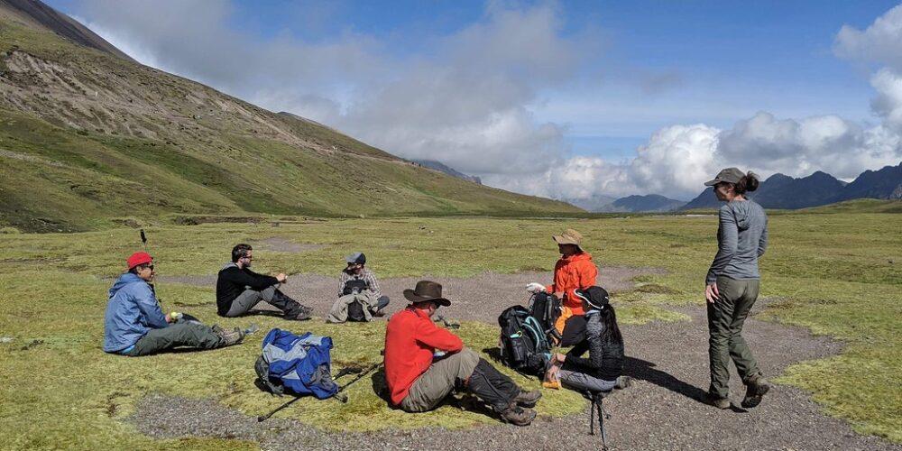 A short break in a beautiful landscape on the Ausangate trek 7 days