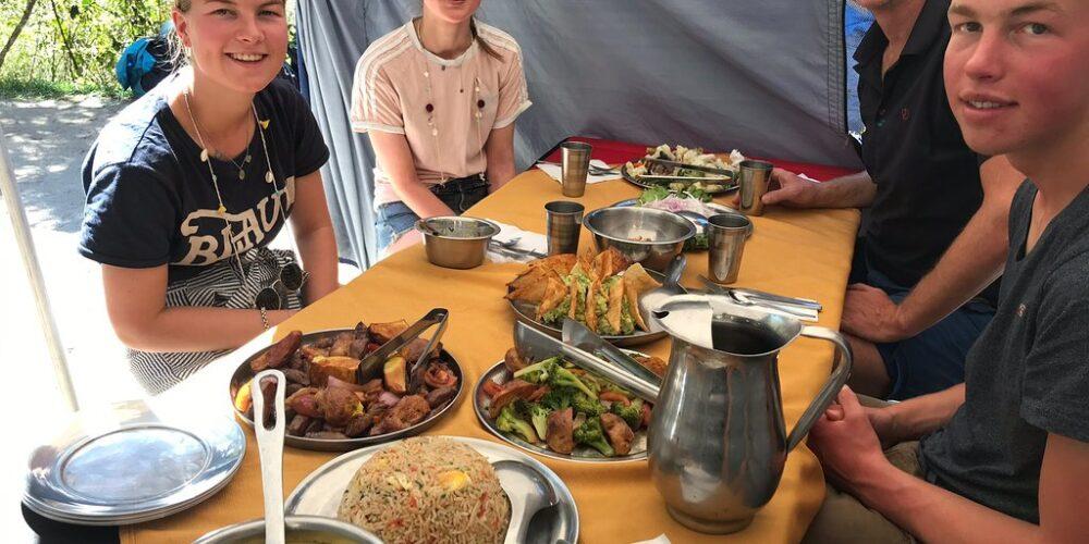 Having lunch at Huchuy Qosqo