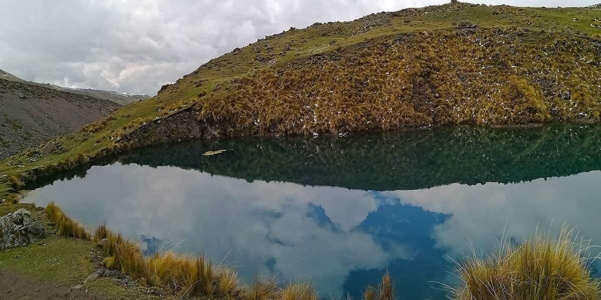 Ausangate 1 Day Trek Otorongo Lake