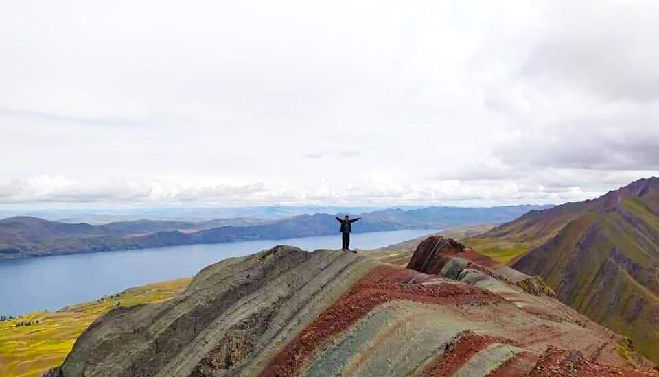 Pallay Puncho Mountain Lake View