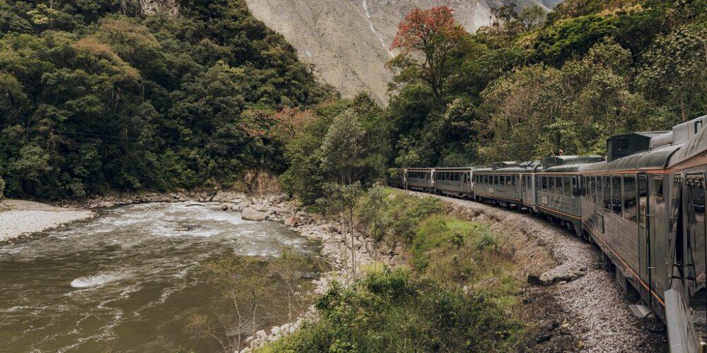 Ausangate rainbbow Mountain Trek and Train Inka Rail
