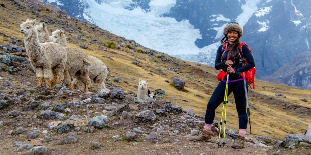 Ausangate Trek PeruOn the Ausangate trek we will enjoy beautiful views with landscapes and alpacas.