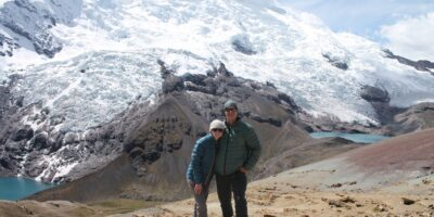 Ausangate Mountain TrekThis is the most beautiful thing on the Ausangate trek, see snowy mountains and lakes