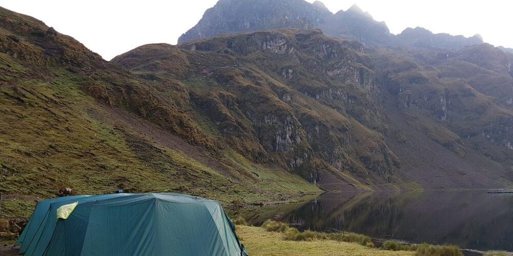 Camp in Lares Trek 6 Days