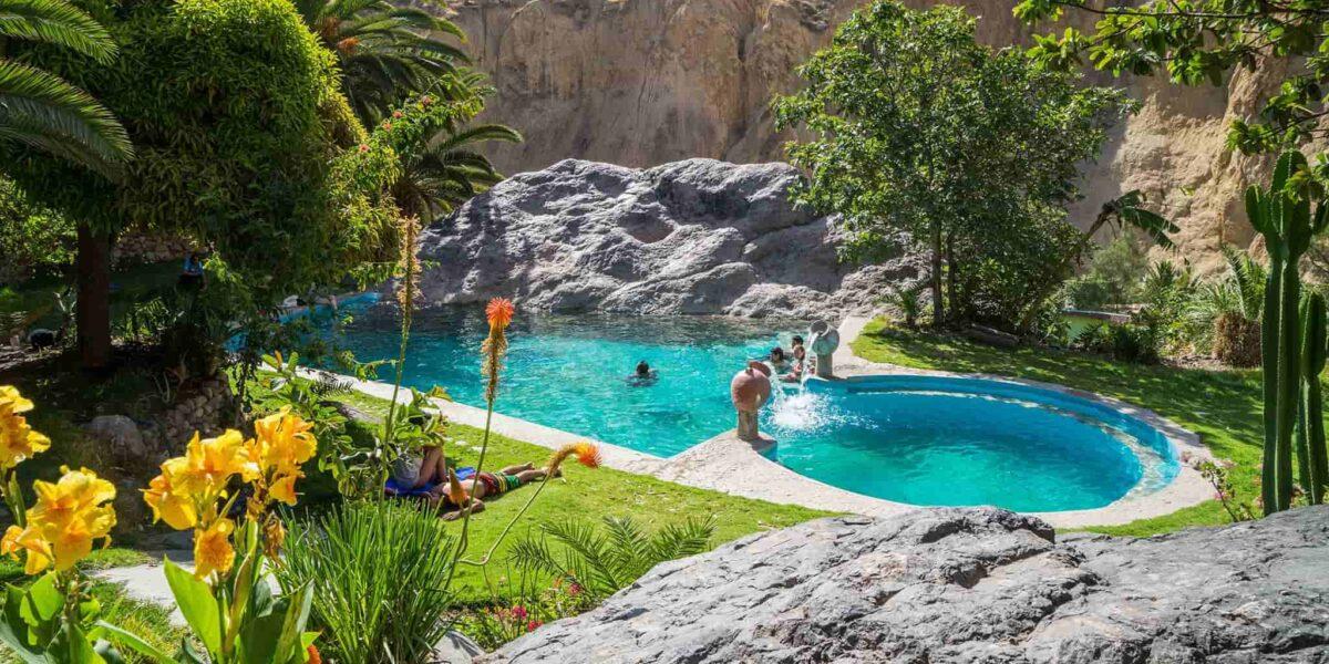 Hot Springs Colca canyon Hike