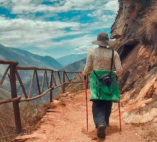 Starting to walk our destinations Choquequirao and Machu Picchu.