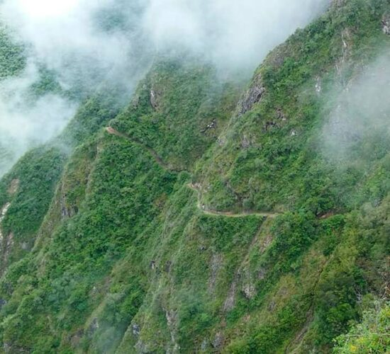 this is the Choquequirao trail already arriving