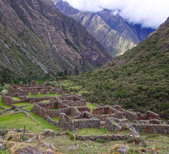 the ancascocha trek 7 days offers us Inca archaeological centers