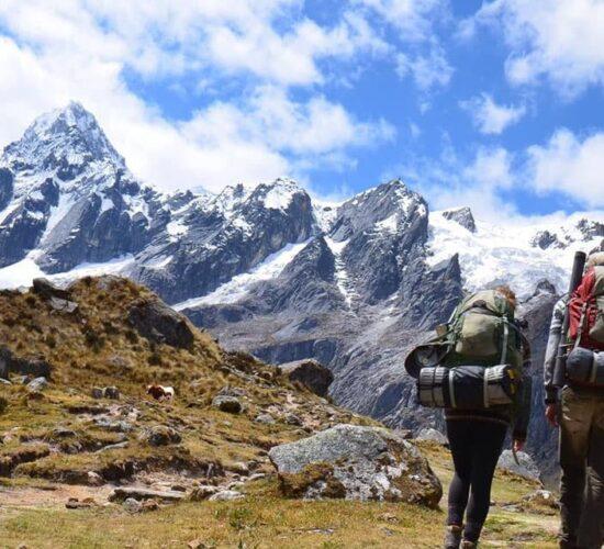 Beautiful adventure in ausangate mountain, walk and enjoy the ausangate trek 7 days