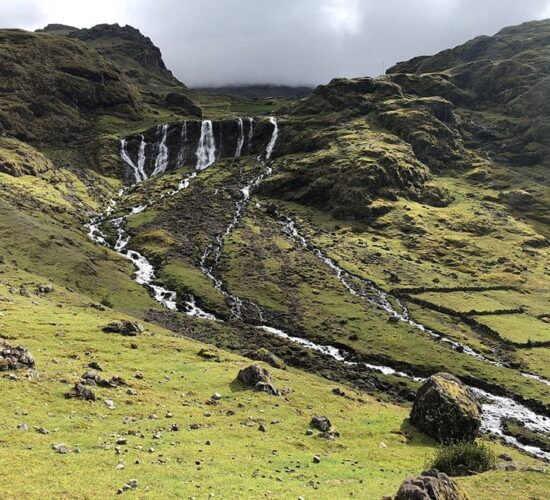 Lares trek 4 days also offers you a visit to the seven waterfalls