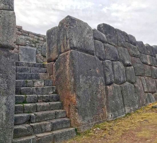 saqsaywaman built with giant stones impossible to believe but true